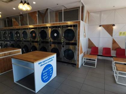 Altona Meadows Coin Laundry