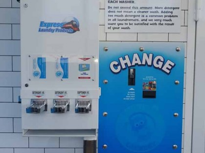Coin-Laundry-in-Cranbourne