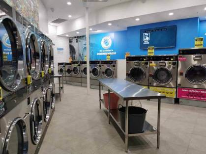 Manor-Lakes-Coin-Laundry