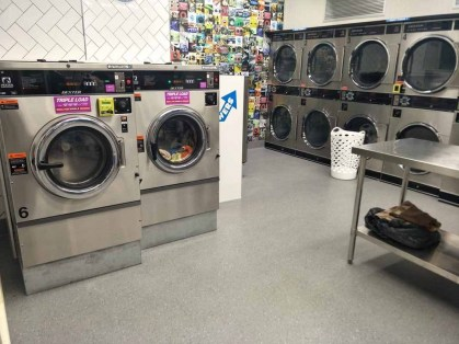 Newcomb-Laundromat
