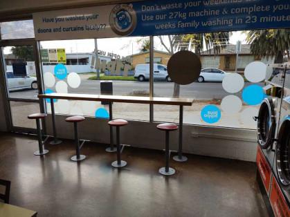 Blue-Hippo-Laundromat-Norlane-Waiting-Area