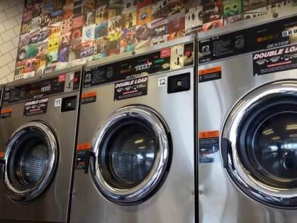 Blue-Hippo-Laundromat-Norlane