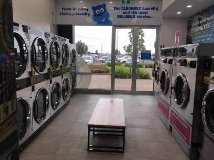Blue-Hippo-Laundromat-Tarneit-Central