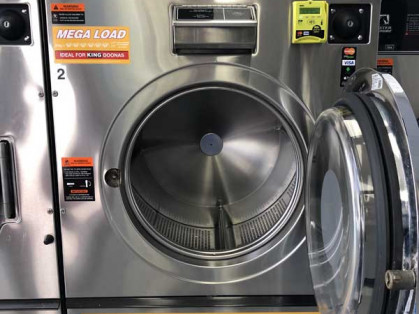 Laundromat-Taylors-Hill