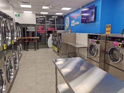 Blue-Hippo-Laundromat-Werribee